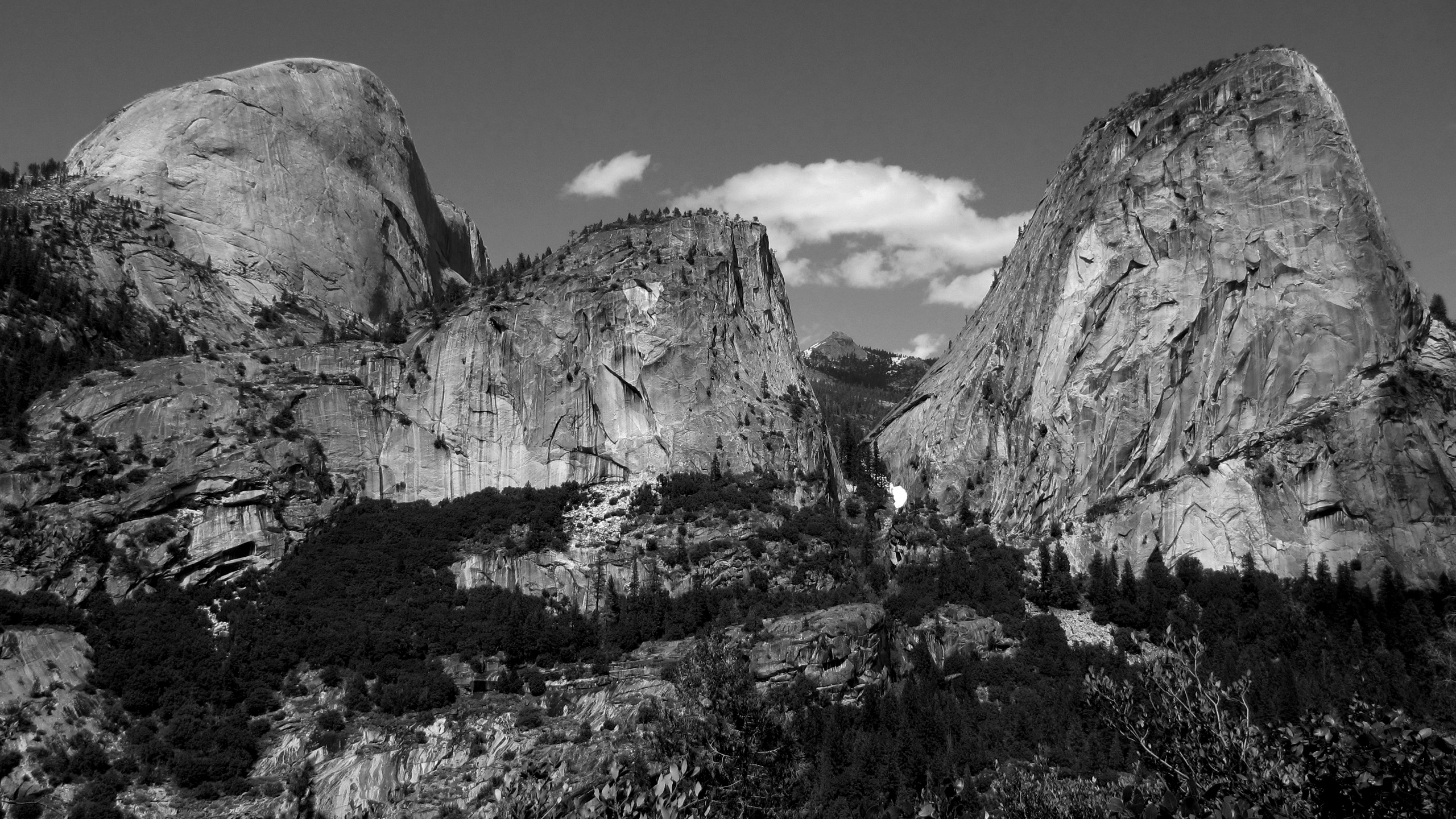 yosemite granite monoliths