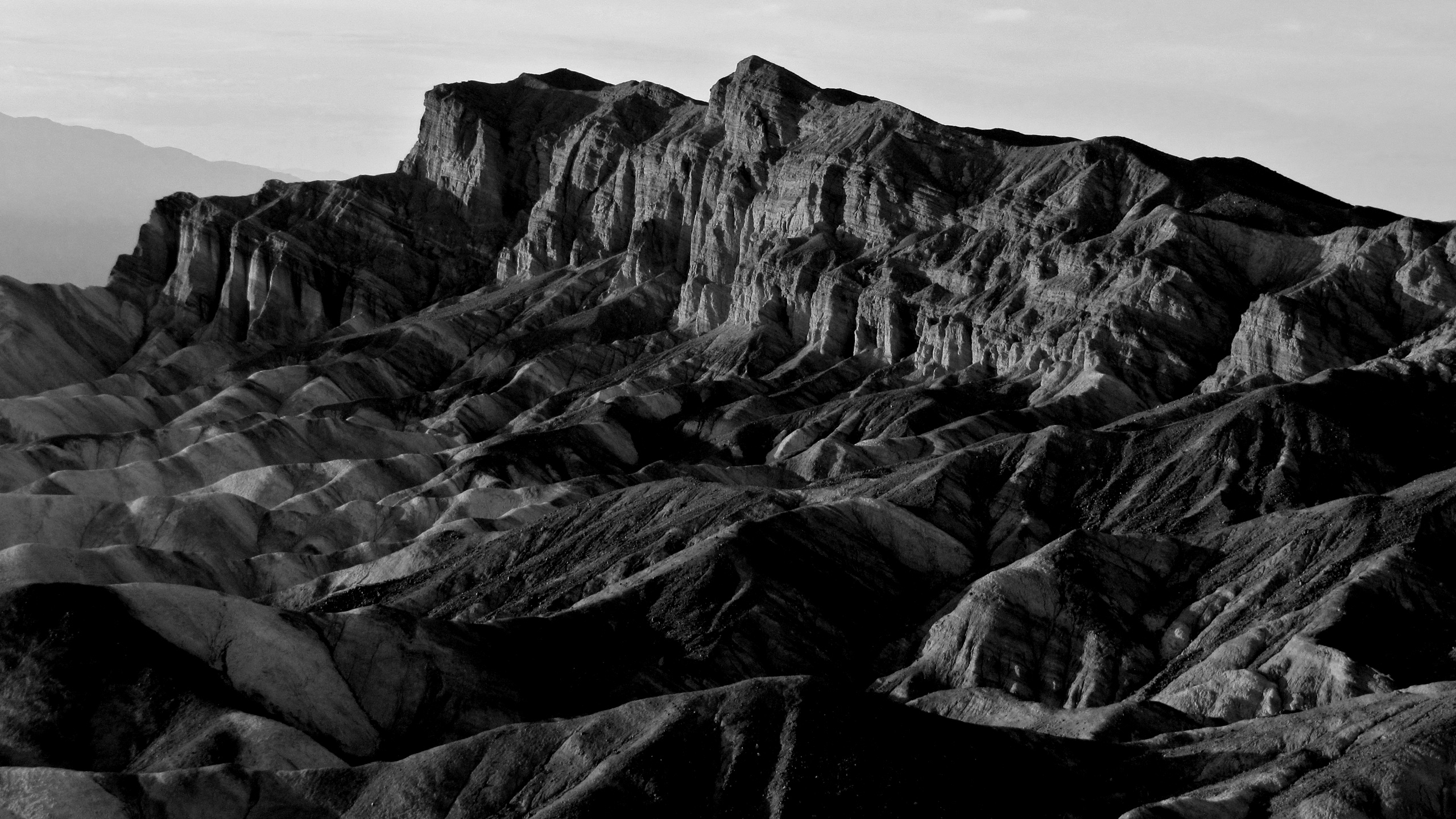 death-valley-zabriske-point